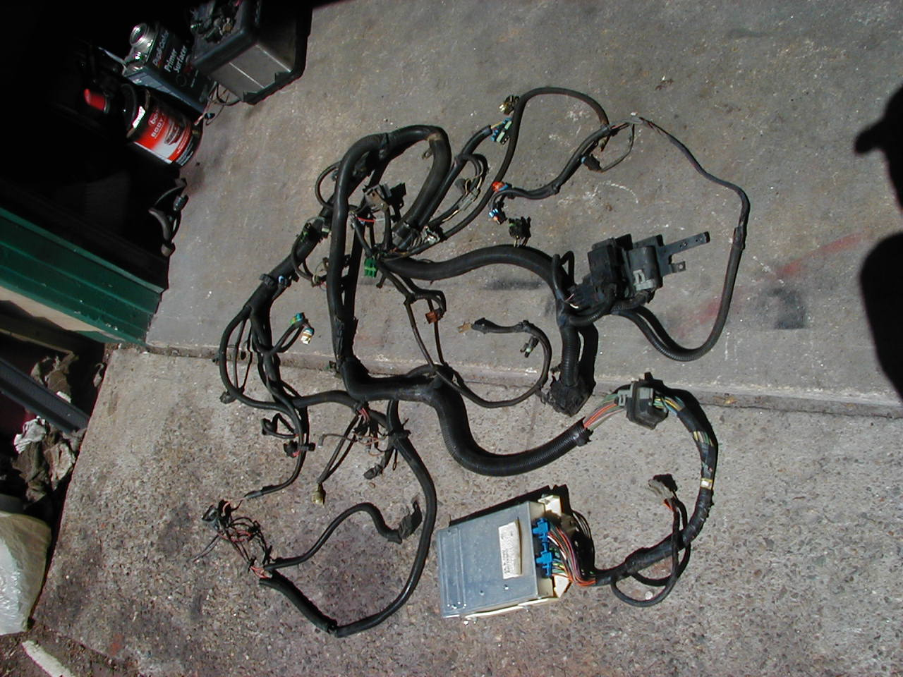 WiringV8Auto88ECM3  V Wiring Harness on battery harness, maxi-seal harness, safety harness, pony harness, amp bypass harness, fall protection harness, pet harness, engine harness, cable harness, nakamichi harness, alpine stereo harness, oxygen sensor extension harness, obd0 to obd1 conversion harness, dog harness, radio harness, electrical harness, suspension harness,