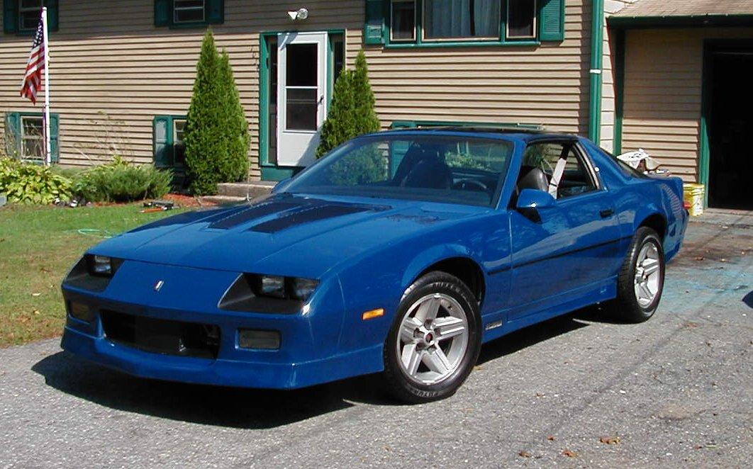 john in ri blue 1986 camaro iroc z28 camaro berlinetta