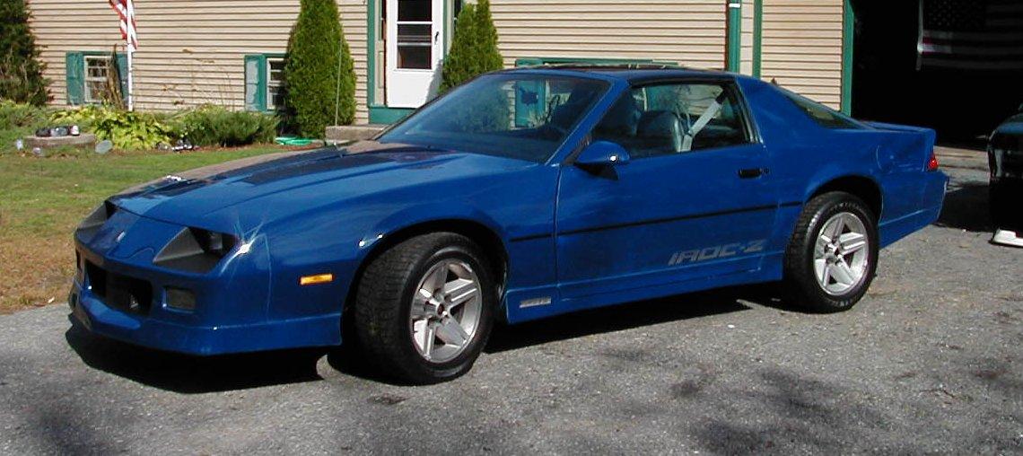 Rhode island sold 86 iroc blue grey 305 auto t top for Interior 86 camaro