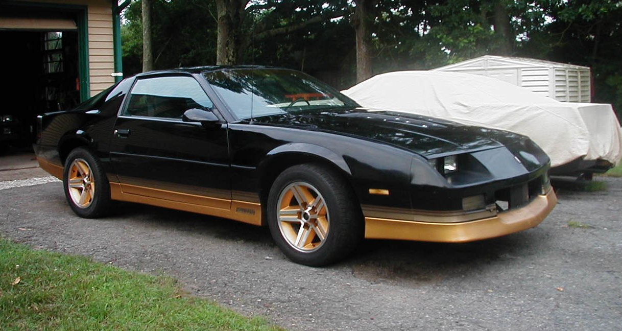 Rhode Island 86 Z28 305 Automatic Black Gold Third