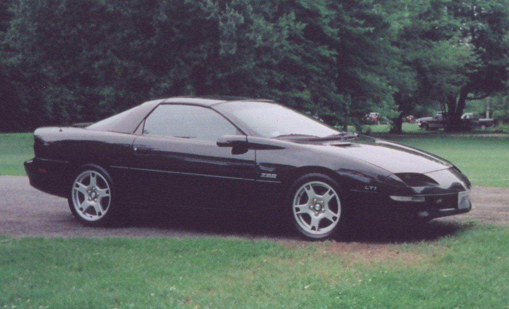 Camaro chevy camaro 1995 : John in RI 1995 Chevrolet Camaro Z28