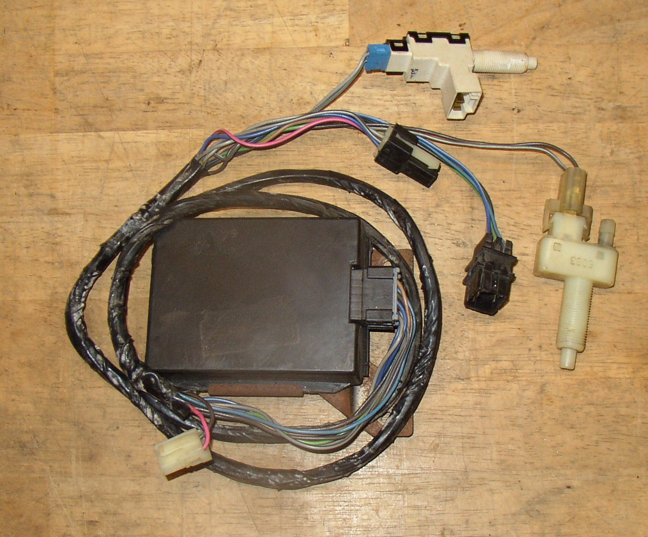 CruiseControlCamaro87 89Stick adding cruise control to an '87 iroc? third generation f body 86 camaro wiring harness at crackthecode.co